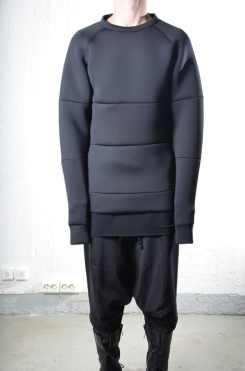 neo-sweatshirt-50